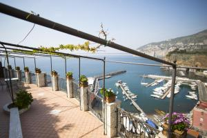 Domus San Vincenzo, Bed & Breakfast  Sant'Agnello - big - 1