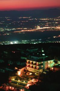 Apartamentos Turísticos Cumbres Verdes - Cájar