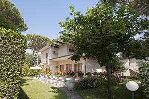 Augustus Garden Villas - AbcAlberghi.com