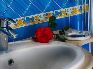 Hotel Villa Miralisa, Hotels  Ischia - big - 49