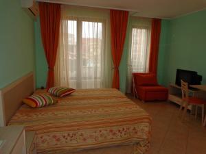 Sunny Beach Rent Apartments - Royal Sun, Ferienwohnungen  Sonnenstrand - big - 4
