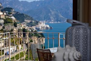 Holiday In Amalfi - AbcAlberghi.com