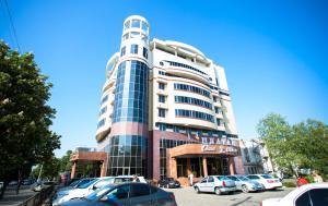 Platan Yuzhniy Hotel - Yablonovskiy