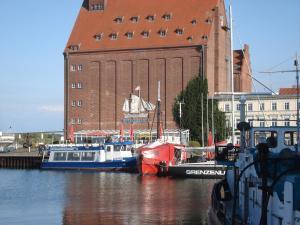 Pension Zur Fährbrücke, Hotel  Stralsund - big - 29