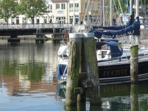 Pension Zur Fährbrücke, Hotel  Stralsund - big - 41