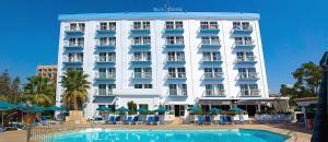 Blue Crane Hotel Apts, Лимассол