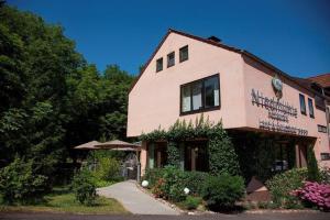 Restaurant Niedmühle Land & Genuss Hotel, Hotely  Rehlingen-Siersburg - big - 31