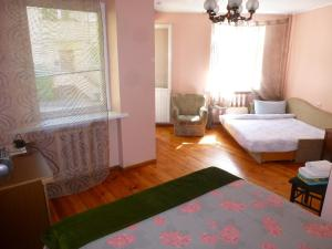 Triple Room with Balcony Guest House in Old Town