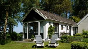B&B Droom 44, Bed and Breakfasts  Buinerveen - big - 1