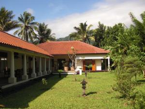 Villa Bugis Kalibaru, Pensionen  Kalibaru - big - 37