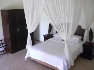 Villa Bugis Kalibaru, Pensionen  Kalibaru - big - 47