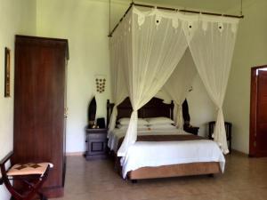 Villa Bugis Kalibaru, Pensionen  Kalibaru - big - 49