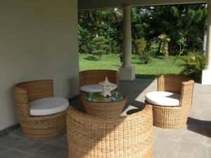 Villa Bugis Kalibaru, Pensionen  Kalibaru - big - 38