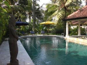 Villa Bugis Kalibaru, Pensionen  Kalibaru - big - 59