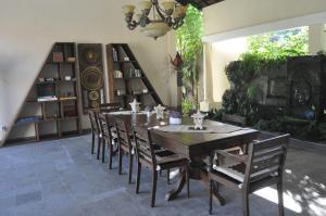 Villa Bugis Kalibaru, Pensionen  Kalibaru - big - 29