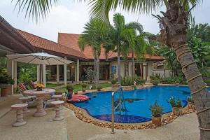 Relaxing Palms Pool Villa 4 Bed - Ban Bang Saman