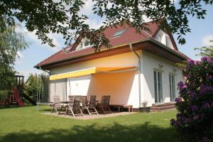 Holiday Home Prague Pruhonice - براغ