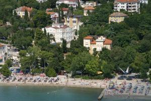 Hotel Vila Ružica - depandanse, Отели  Цриквеница - big - 28