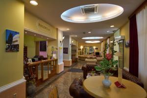 Hotel Vila Ružica - depandanse, Отели  Цриквеница - big - 29