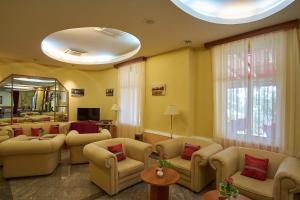 Hotel Vila Ružica - depandanse, Отели  Цриквеница - big - 31