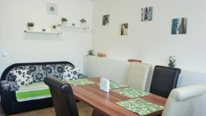 Apartman Nadezda, Appartamenti  Karlovy Vary - big - 41