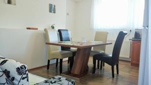 Apartman Nadezda, Appartamenti  Karlovy Vary - big - 42