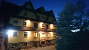 Pod Tatrami - Hotel - Bukowina Tatrzanska