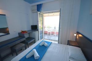 Hotel Elena Ermones, Hotely  Ermones - big - 37