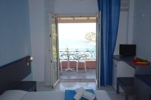 Hotel Elena Ermones, Hotely  Ermones - big - 41