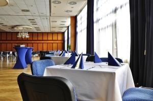 Hotel Olympik, Hotels  Prague - big - 24