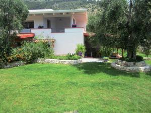 B&B Casa Vacanze Tor Di Lupo - AbcAlberghi.com