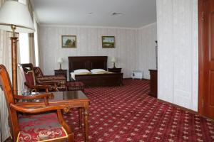 Gold Star Hotel, Hotely  Öskemen - big - 8