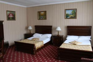 Gold Star Hotel, Hotely  Öskemen - big - 23