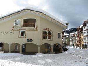 Heffley Boutique Inn - Hotel - Sun Peaks