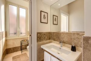 Appartamento Magna Grecia - abcRoma.com