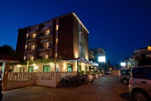 Hotel Jean Pierre - AbcAlberghi.com