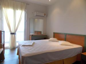 Twin or Double Room with Sea View