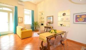 Casa Vacanza Federica - AbcAlberghi.com