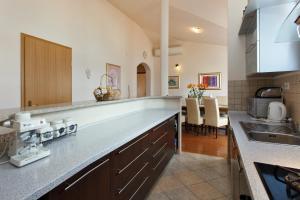 Apartment Gold, Apartments  Trogir - big - 19