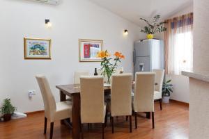 Apartment Gold, Apartments  Trogir - big - 21