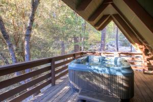 Yosemite Creekside Birdhouse, Ferienhäuser  Wawona - big - 18