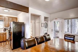 Yosemite Creekside Birdhouse, Ferienhäuser  Wawona - big - 9