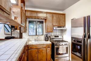Yosemite Creekside Birdhouse, Ferienhäuser  Wawona - big - 6