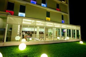 Breaking Business Hotel - AbcAlberghi.com