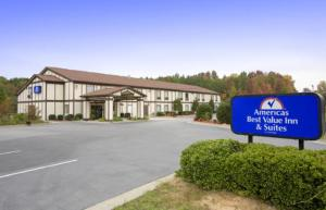 America's Best Value Inn and Suites Albemarle, Отели  Albemarle - big - 8