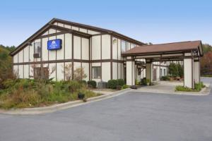 America's Best Value Inn and Suites Albemarle, Отели  Albemarle - big - 4