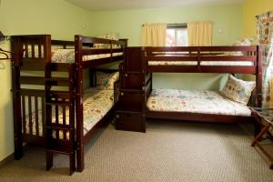 Moderne Hostel - Accommodation - Mammoth Lakes