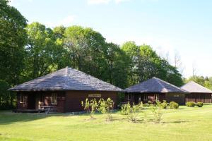 Recreation Center Brūveri, Комплексы для отдыха с коттеджами/бунгало  Сигулда - big - 81