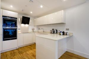 Altitude Apartments - London