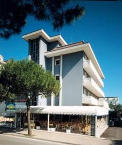 emblème de l'établissement Hotel Riviera